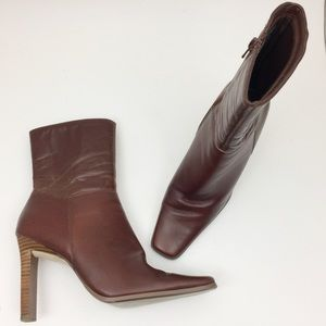 Somethin' Else SKECHERS Cognac Leather Ankle Boots